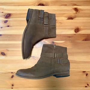 FRANCO SARTO Light Brown Leather Ankle Boots